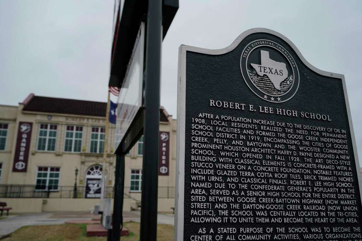 Robert E Lee High School, 1809 Market St., is shown Monday, March 1, 2021 in Baytown. The Goose Creek CISD's high school is one of only three campuses in Texas still named after Lee. Members of a committee tasked with studying whether to change the name of Robert E. Lee High School will present their recommendations to Goose Creek CISD's board on Monday.