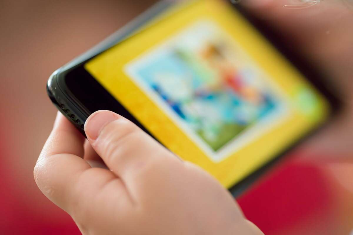 For most individuals, electronic devices have become ingrained into our daily lives. With this change, parents may be asking themselves how does screen time negatively impact their children, and how much should they limit their children's interaction with electronic devices.