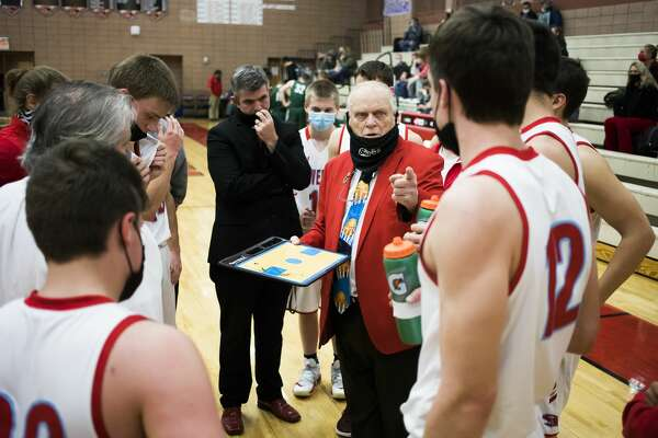 Beaverton coach Roy Johnston gives instructions during a timeout in Monday's game against Clare, March 1, 2021.