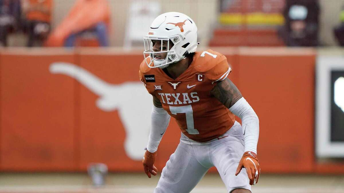Texas defensive back Caden Sterns (7) during the second half of an NCAA college football game against Iowa State, Friday, Nov. 27, 2020, in Austin, Texas. (AP Photo/Eric Gay)