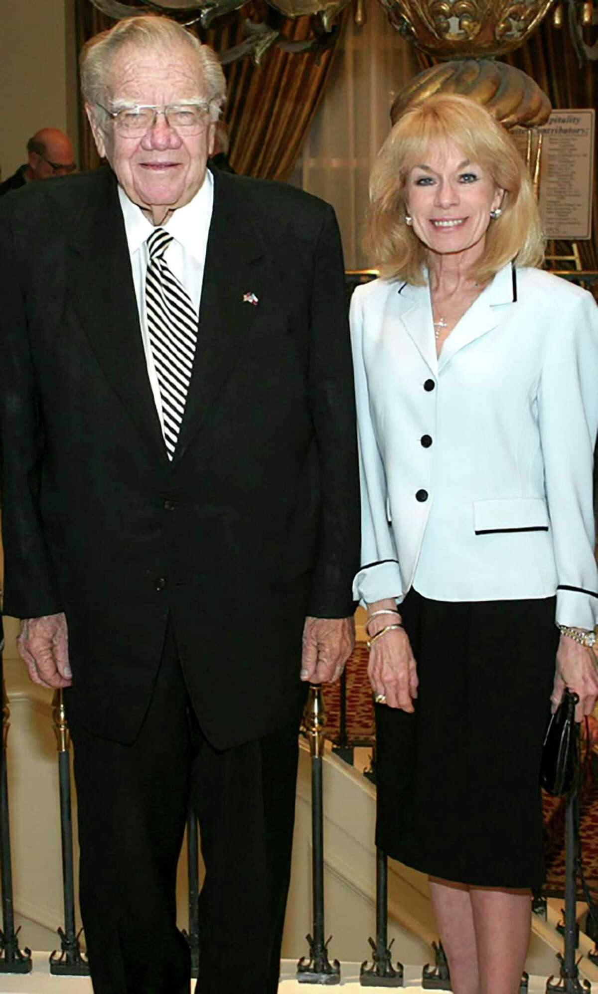 Former Texas Gov. Dolph Briscoe and his daughter Janey Marmion attend an event in San Antonio in 2005.