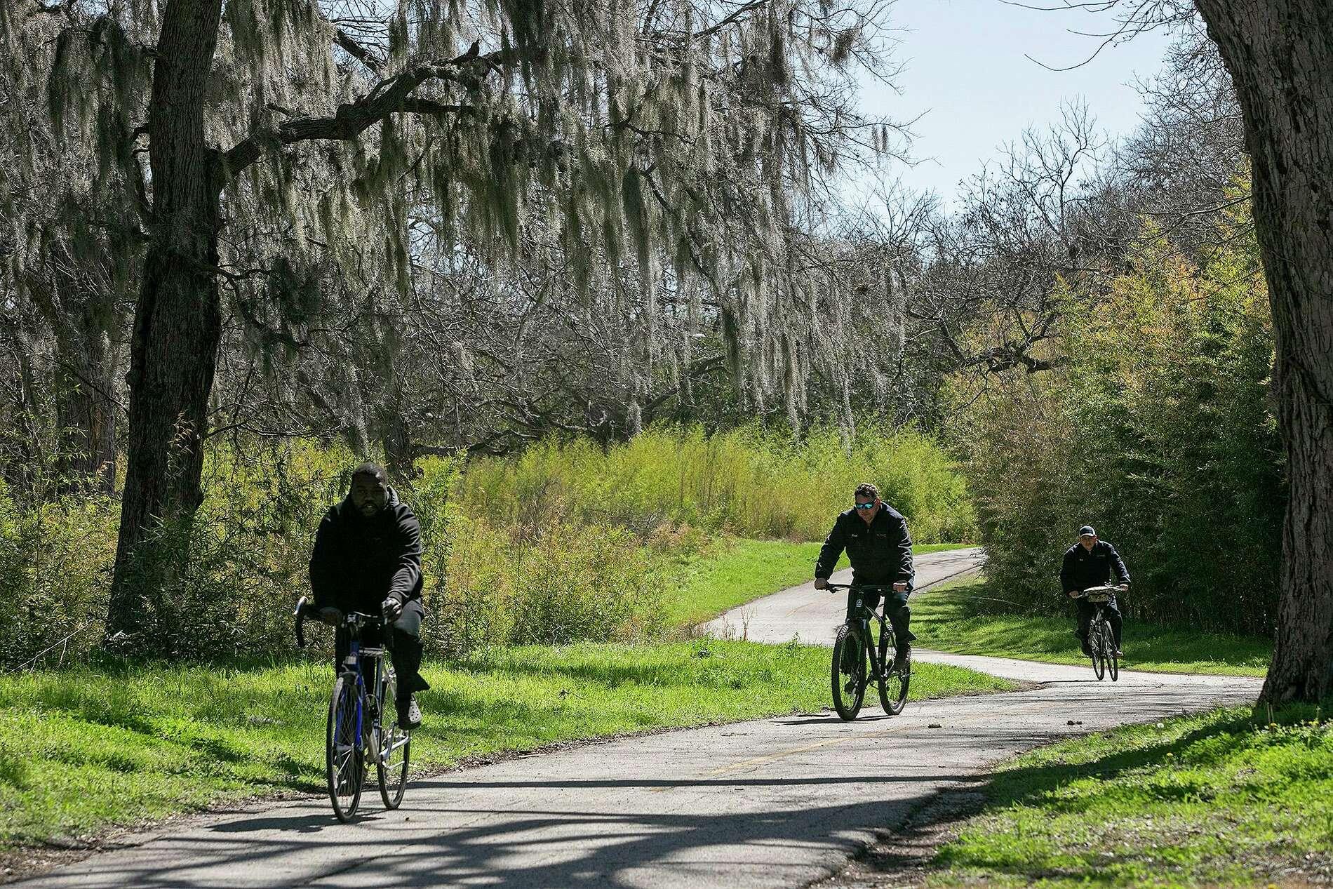 Greenway trails survey explores idea of 'dark-hour usage' as San Antonio becomes cycling destination