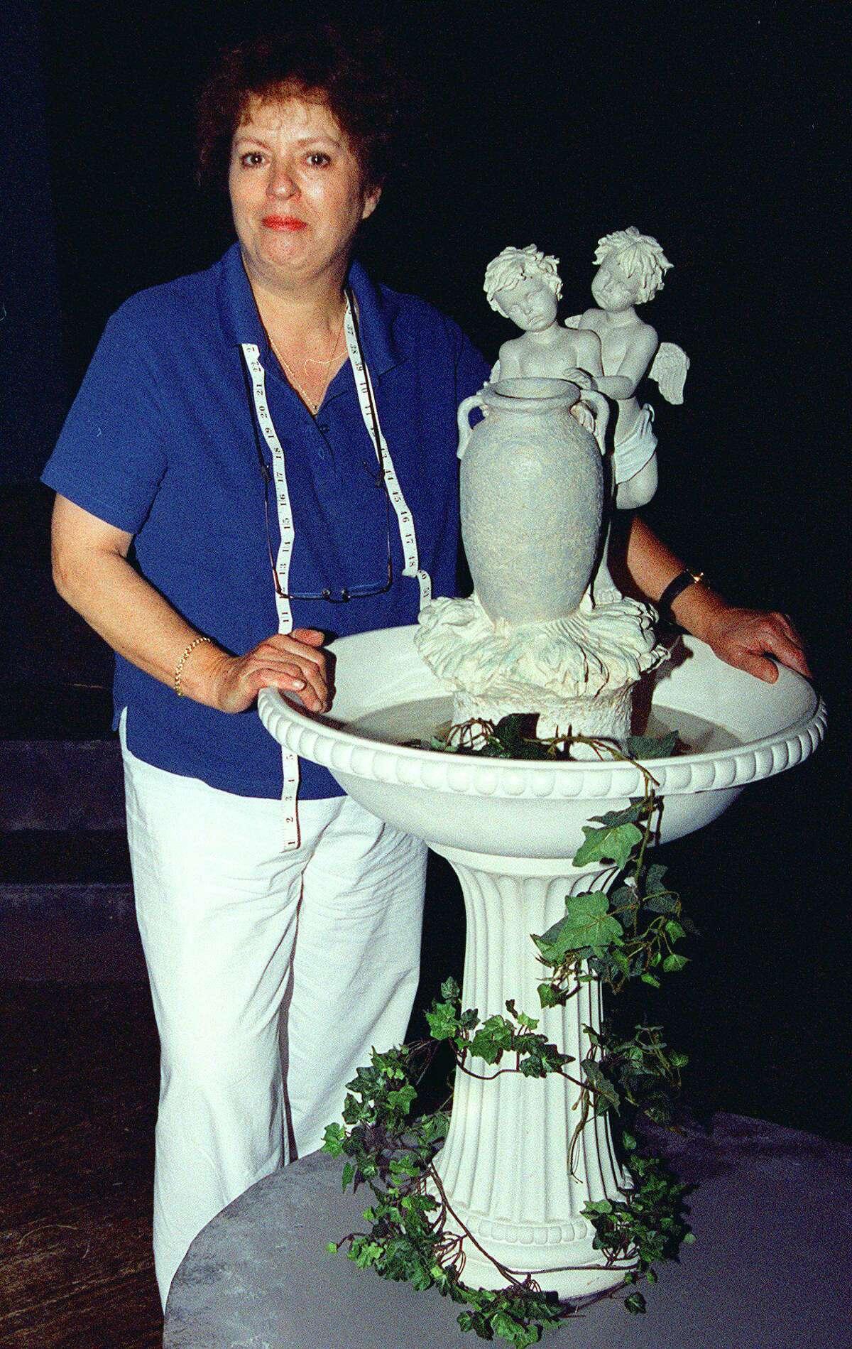 SPECTRUM/Jane Farnol of Kent, director of plays at the Sherman Playhouse, 2002