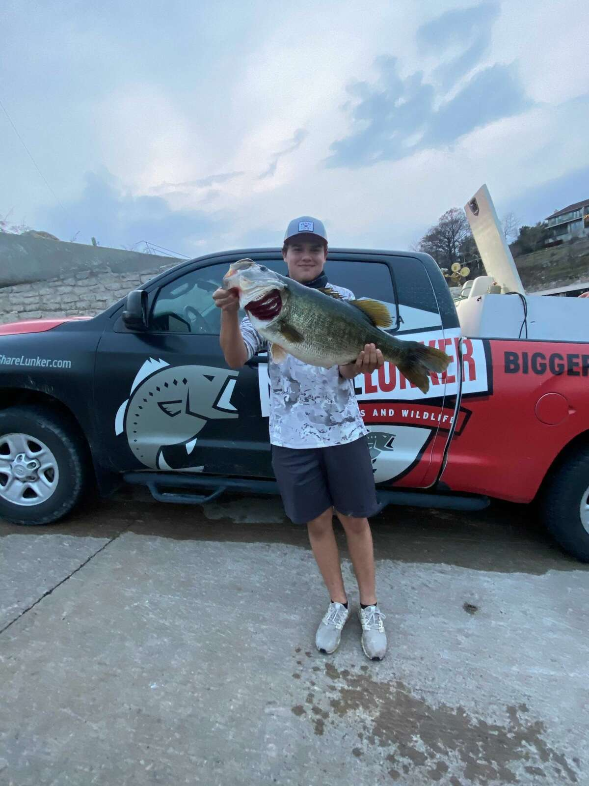 Young angler from Buda Trace Jansen, 15, set a new largemouth bass record for Lake Travis on Sunday.