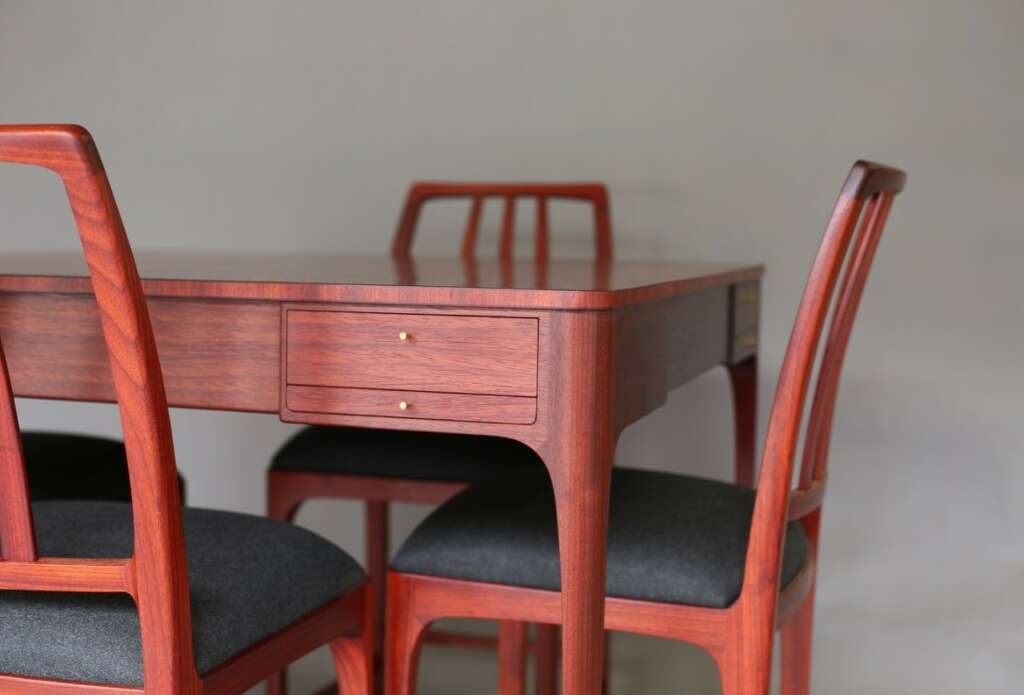Dining table and chairs created by Clark Kellogg, Furnituremaker.