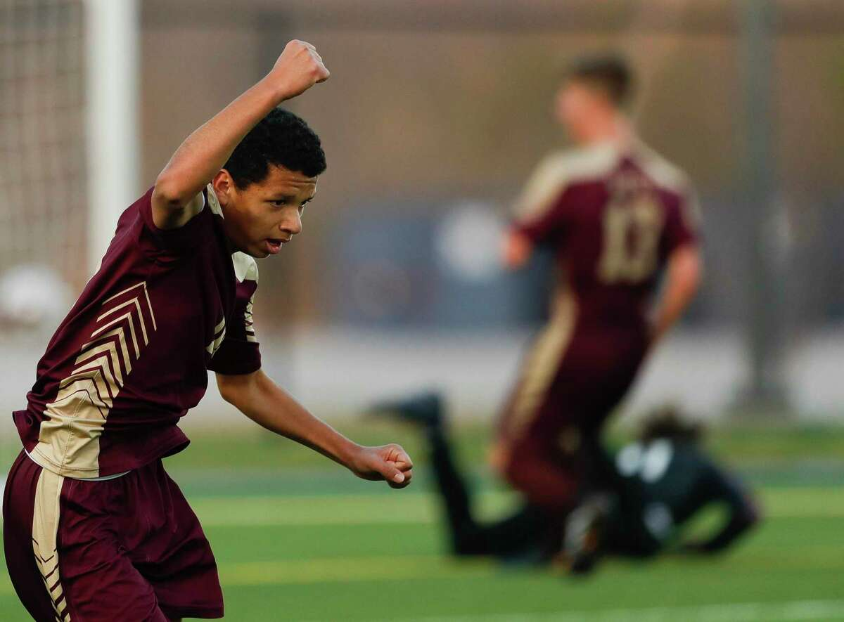 Magnolia West midfielder Jafet Ramirez (10), pictured in 2020, was named the 2021 Co-Offensive MVP in District 19-5A.