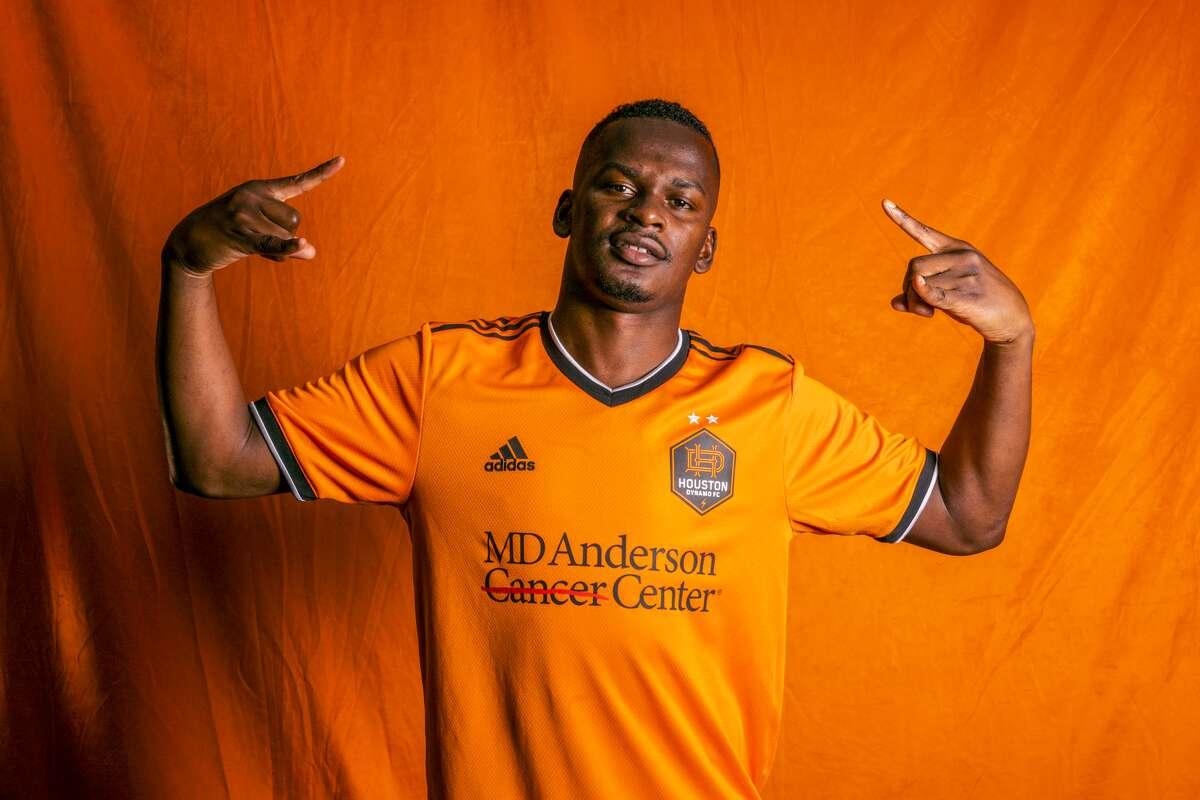 The Dynamo's Darwin Quintero wears the new club uniform.