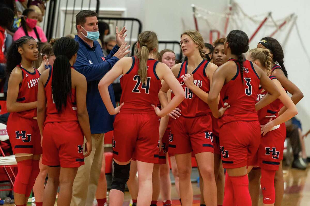 The Lady Hawks of Hardin-Jefferson took their winning ways to Lumberton where they downed the Lady Raiders in a physical game with the final score of 98-50. Photo made on December 30, 2020. Fran Ruchalski/The Enterprise