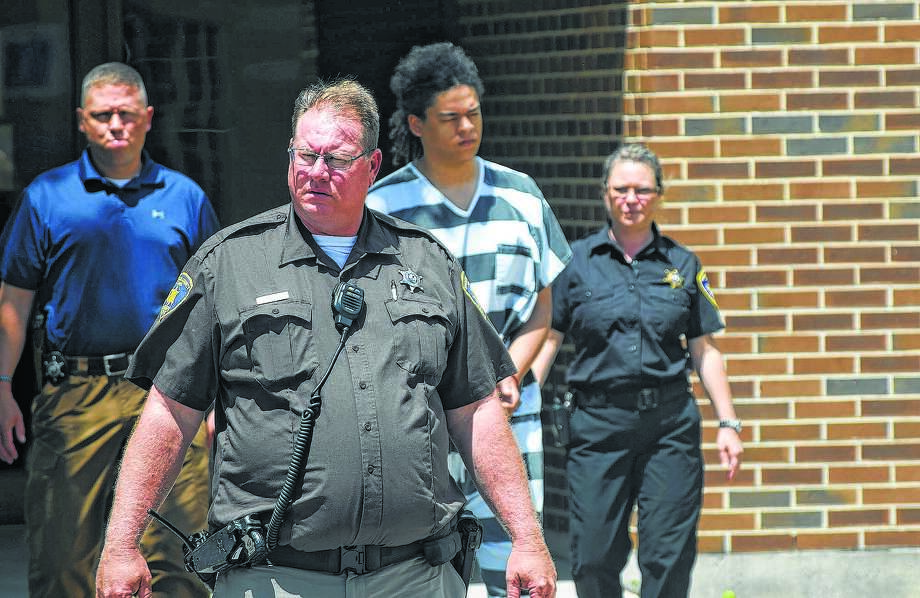 Dustin Finlaw faces first-degree murder charges in the stabbing death of Robert L. Utter, 42, of Rushville, who was found dead May 24, 2018, in a car in Meredosia. Photo: Journal-Courier