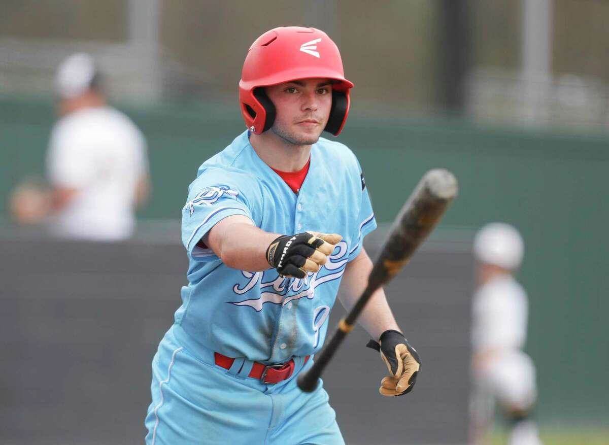 Connor Bennett and the Oak Ridge War Eagles picked up two wins Thursday on the first day of the Ferrell Classic.