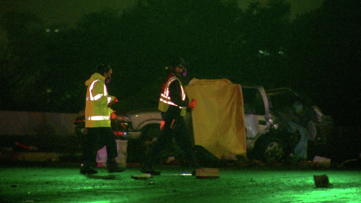 One woman is dead after a single vehicle crash on the Loop 1604 access road at Bitters Road early Friday morning.