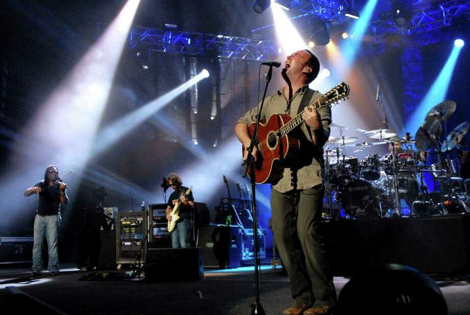 Dave Matthews performs with his band on Friday, June 4, 2010, at Saratoga Performing Arts Center in Saratoga Springs, N.Y. (Cindy Schultz / Times Union) Photo: CINDY SCHULTZ / 10009011A