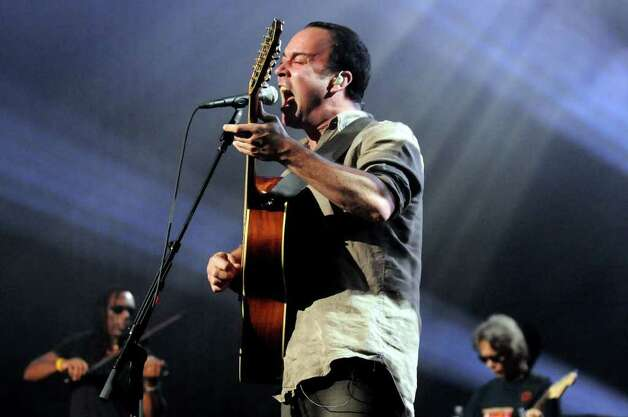Dave Matthews plays with his band on Friday, June 4, 2010, at Saratoga Performing Arts Center in Saratoga Springs, N.Y. (Cindy Schultz / Times Union) Photo: CINDY SCHULTZ / 10009011A