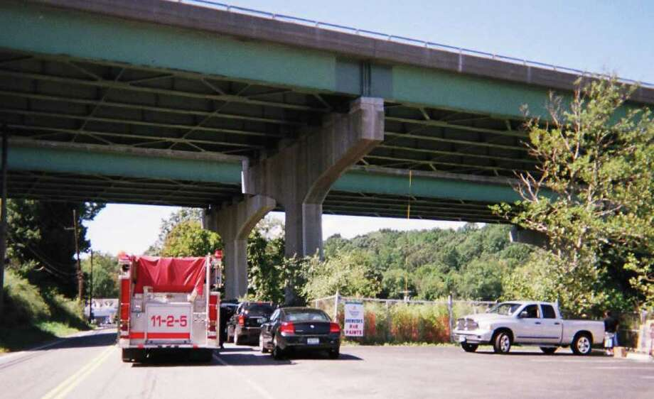Location where a person was found after jumping from Interstate 84 in Brewster, N.Y., earlier Wednesday Sept. 8, 2010. Courtesy of Ralph D'Agosta Photo: Contributed Photo / The News-Times Contributed