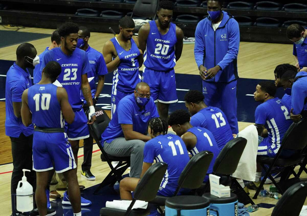 Central Connecticut State coach Donyell Marshall talks to his team during a timeout against UConn in a 2020 game.