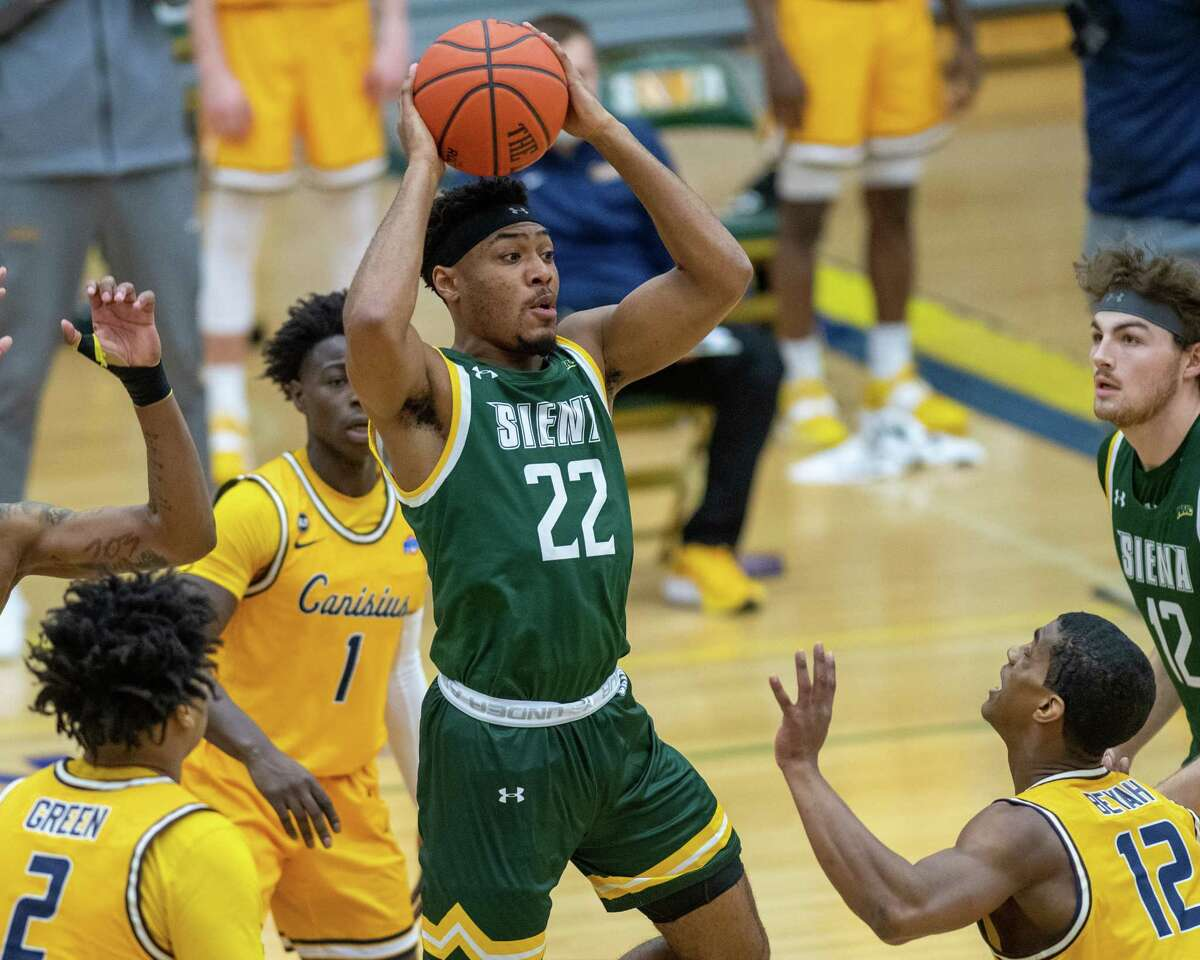 Siena College junior Jalen Pickett drives the lane against Canisius College during a Metro Atlantic Athletic Conference game at the UHY Center in Loudonville, NY, on Friday, March 5, 2021 (Jim Franco/special to the Times Union.)
