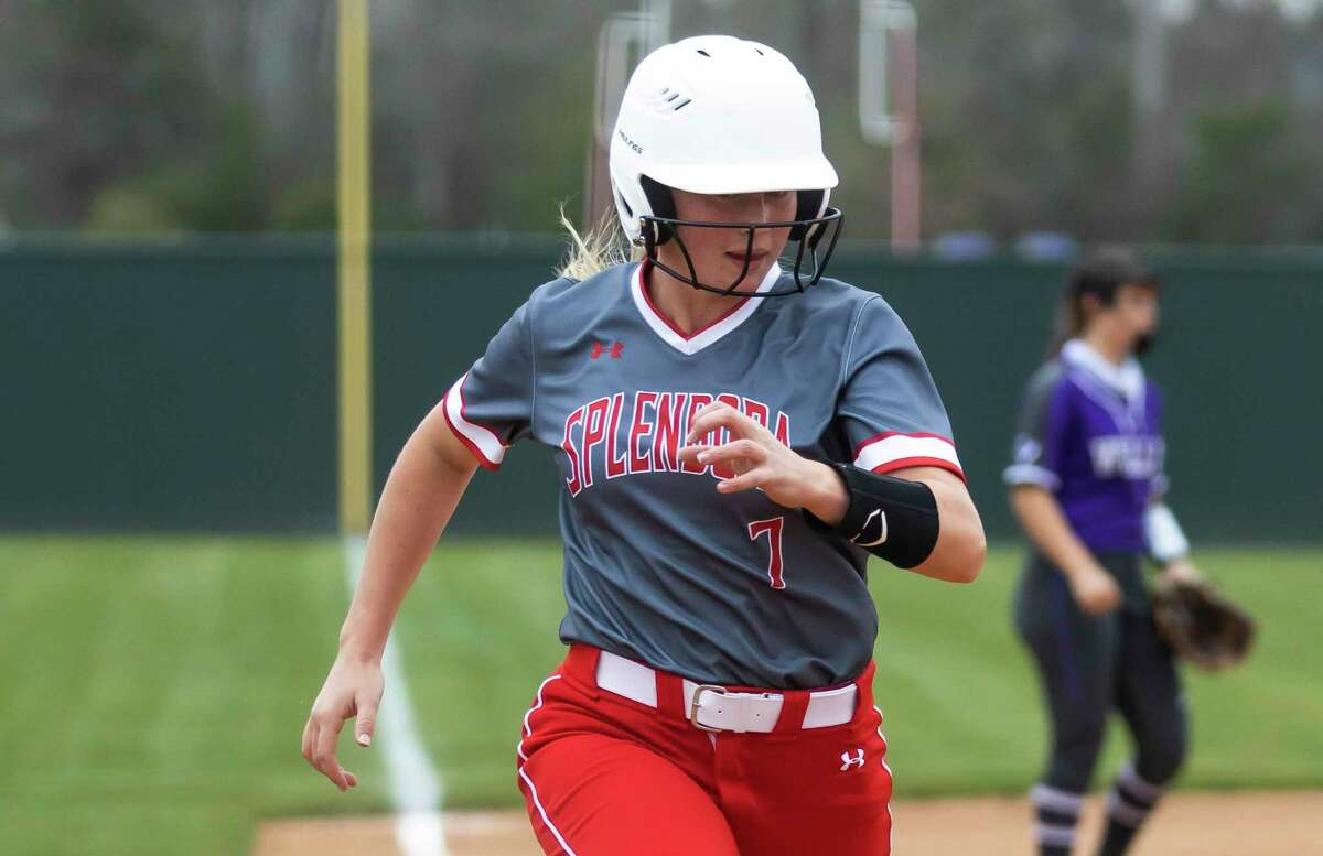 Splendora utility player Honor Knott (7) runs home during the fourth inning of a high school softball game against Willis at Willis High School, Friday, March 5, 2021, in Willis.