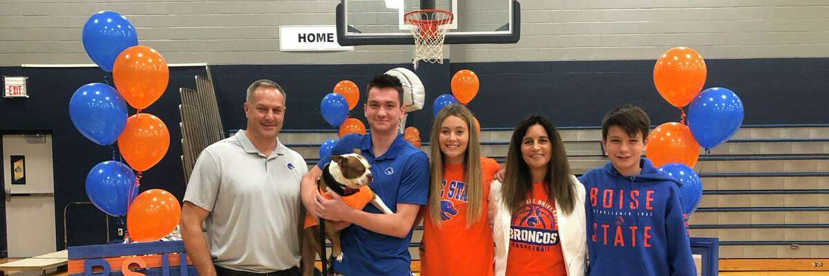 The Greater Houston Basketball Committee announced 11 finalists for the 2021 Guy V. Lewis Award in a press release Thursday, March 4. Among the finalists was Concordia Lutheran senior small forward and Boise State signee RJ Keene.
