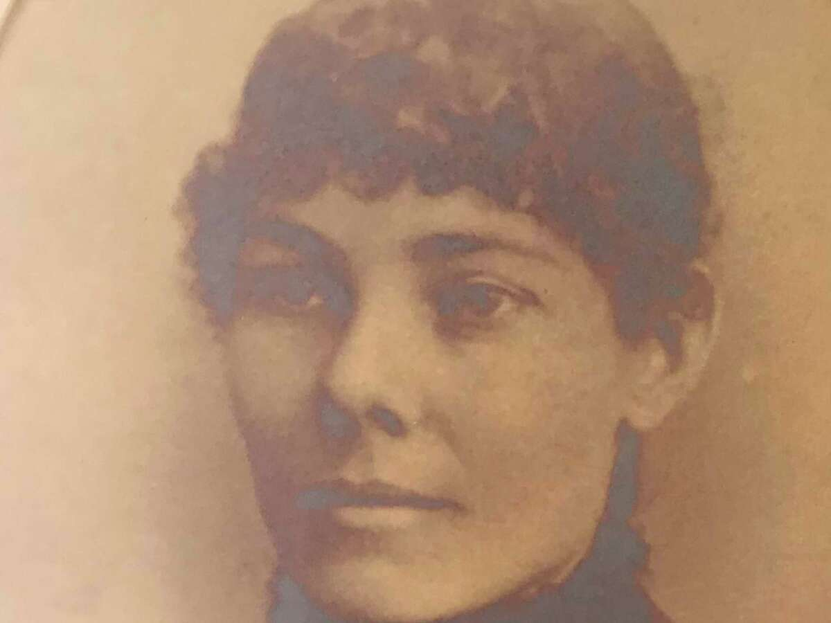 Lillie Robertson, an artist, lived her entire life at the French Legation.