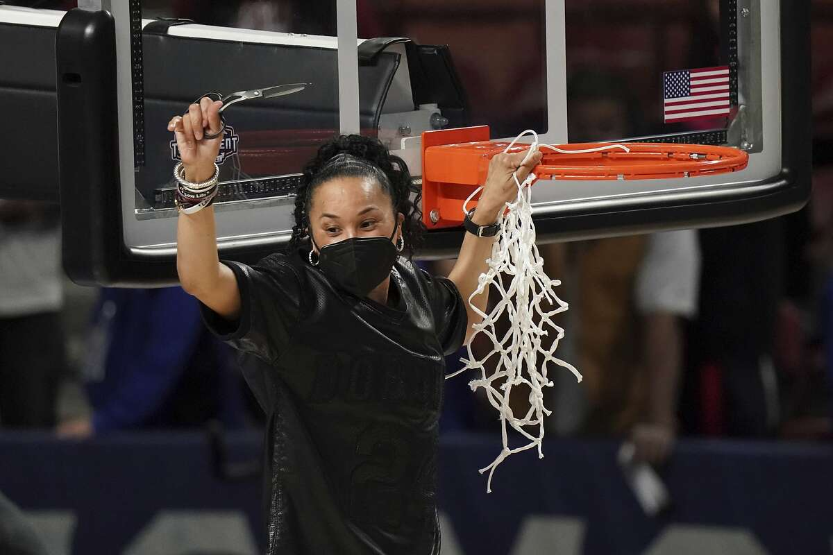 South Carolina head coach Dawn Staley is going for her second national title.