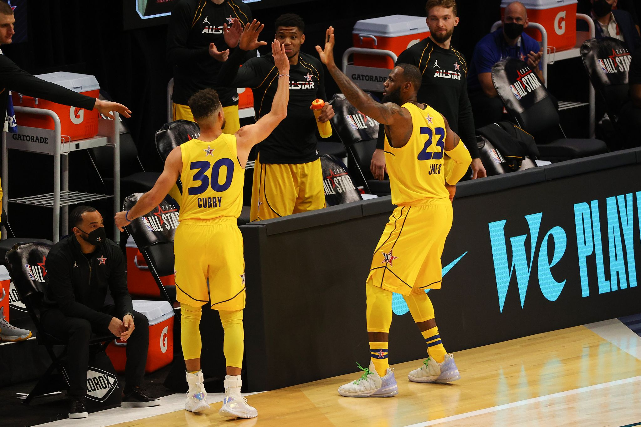 LeBron James offers a glowing review of playing with Warriors' Stephen Curry in NBA All-Star Game - SF Gate