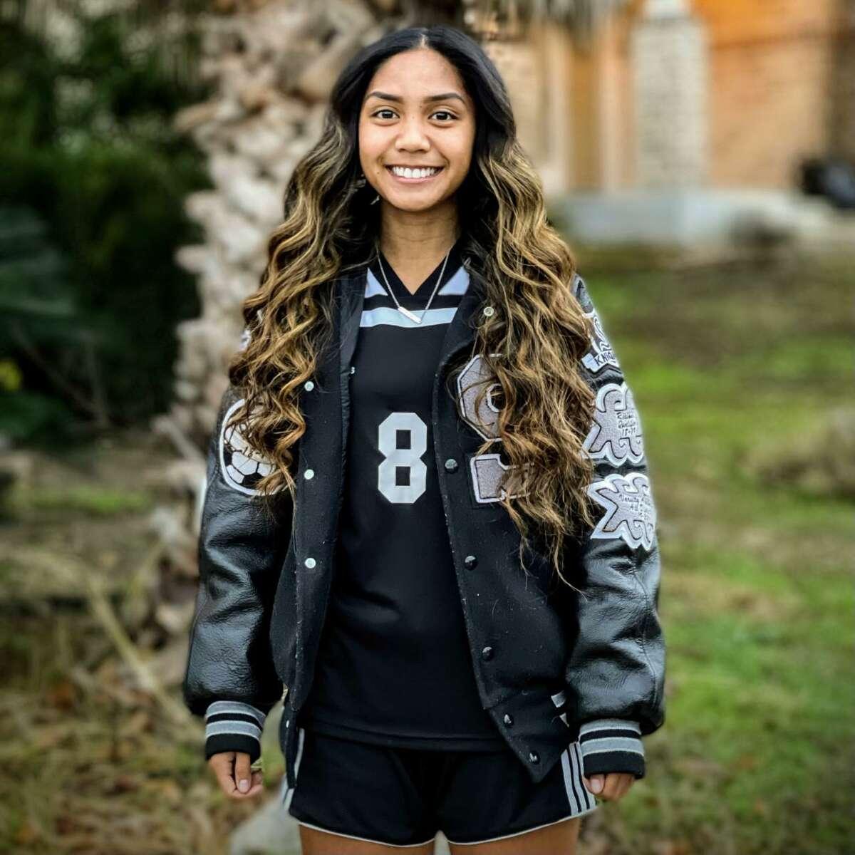 Kalea Ajel is a junior midfielder/forward for Steele girls soccer.