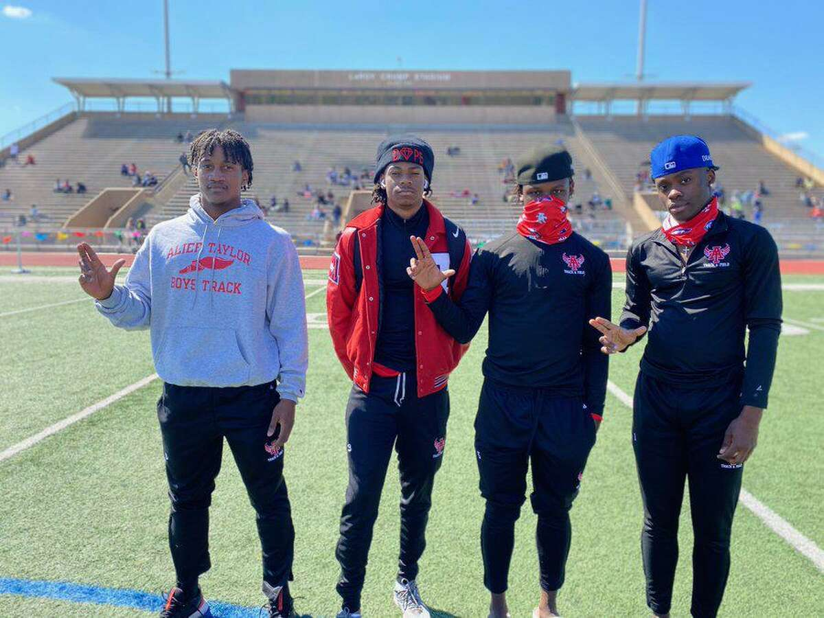 The Alief Taylor relay team of Anthanase Mwamba, Tyler King, Demontray Callis and Keshaun Cooper-Owens won the sprint and 800 events at the Walter Heintschel Relays.