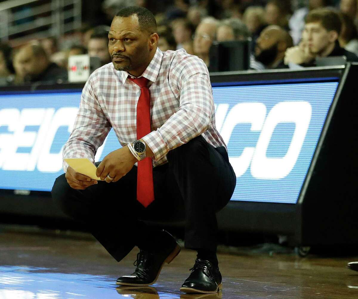 Ronald Hughey and his UH women's team are picked third in the AAC.