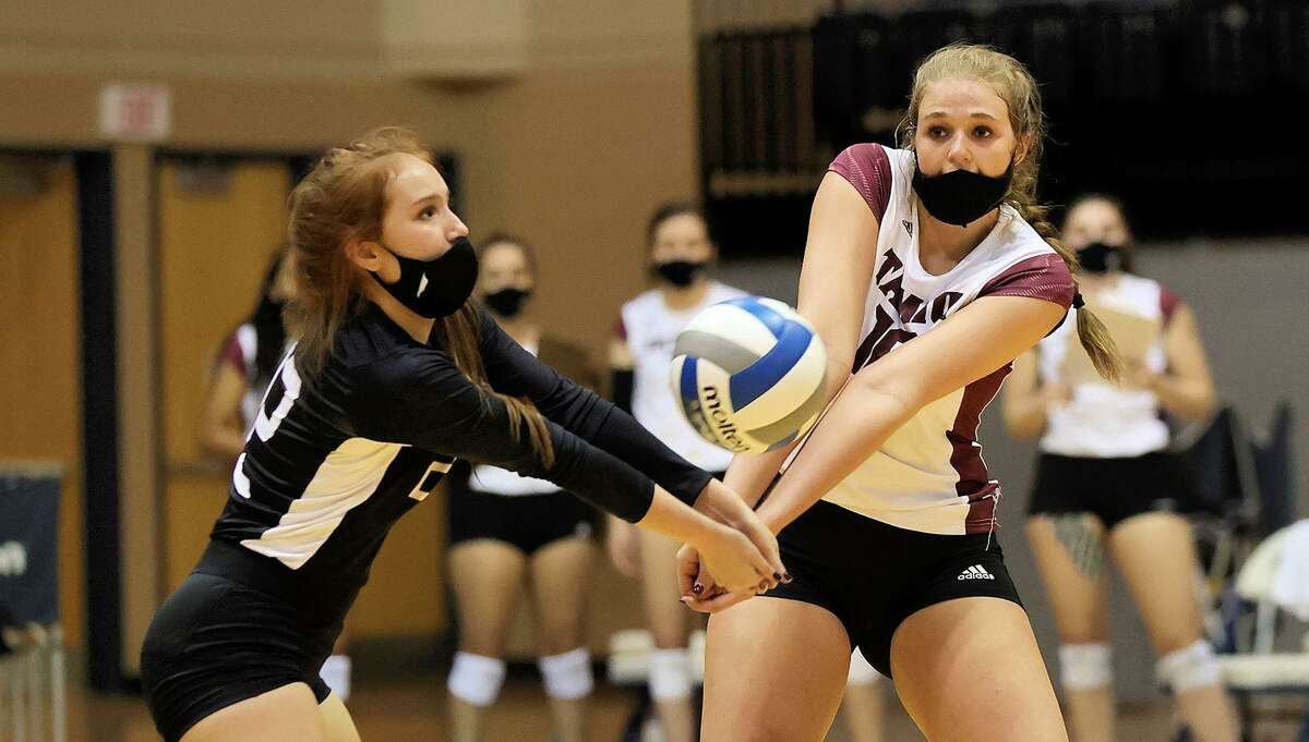 Mackenzie Catalina had a double-double with 20 kills and 20 digs Tuesday in TAMIU's 3-1 win at St. Edward's.