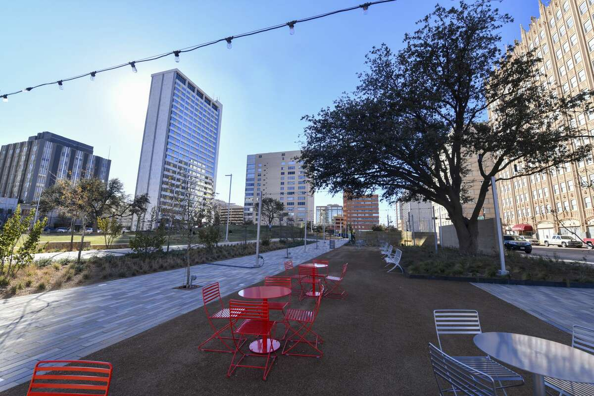 Centennial Park offers many different includes plenty of benches, tables and chairs for visitors to relax and enjoy the scenery of the revitalized downtown area.