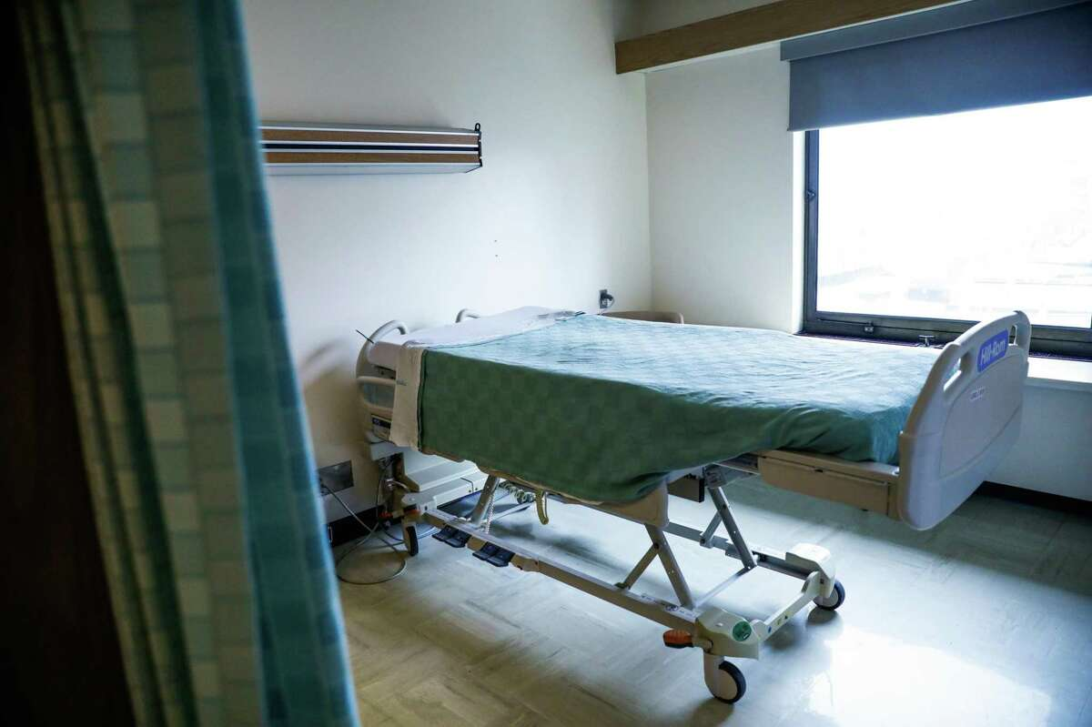 A bed on the COVID-19 floor at St. Francis Hospital in San Francisco.