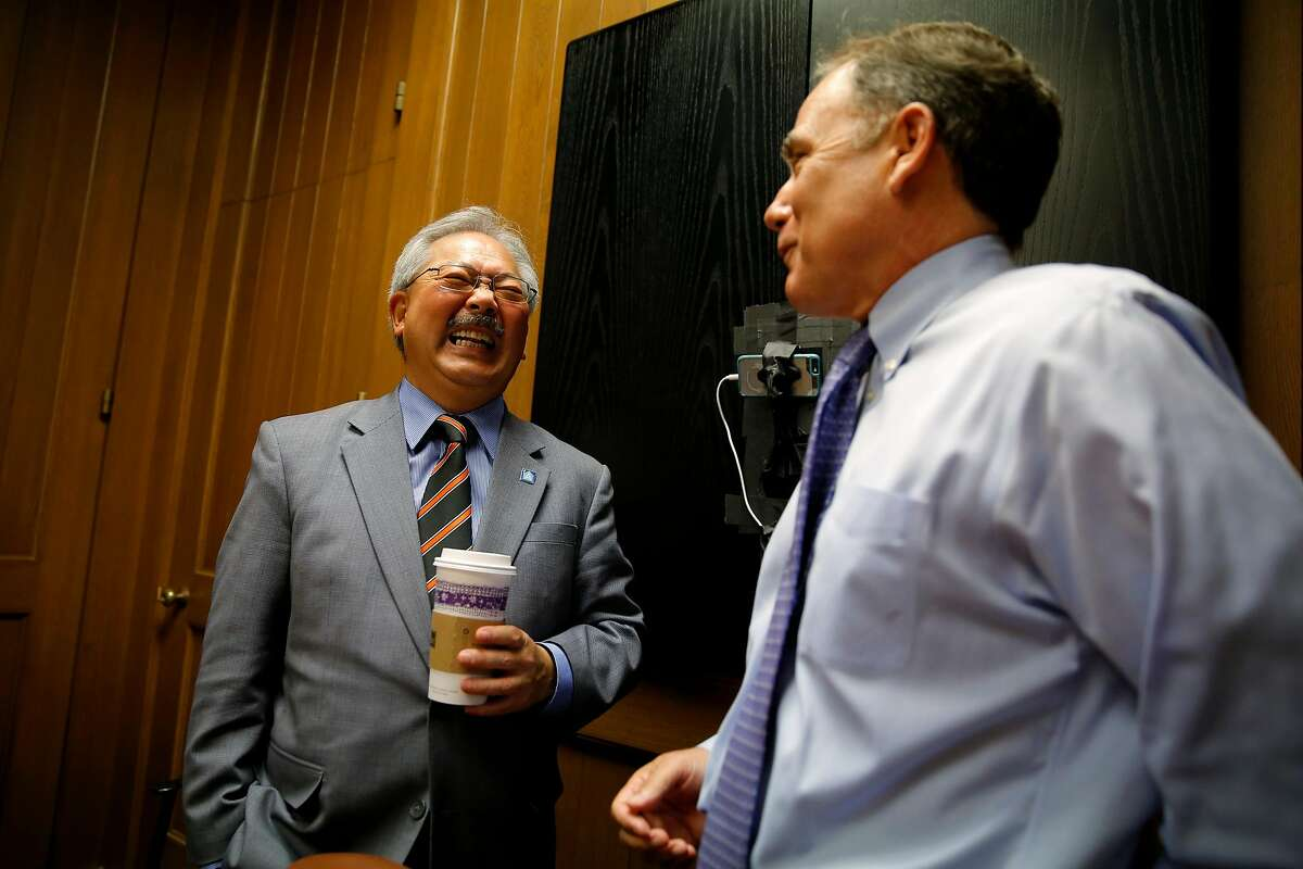 San Francisco Mayor Ed Lee visits with Editorial Page Editor John Diaz after an interview in September 2015.
