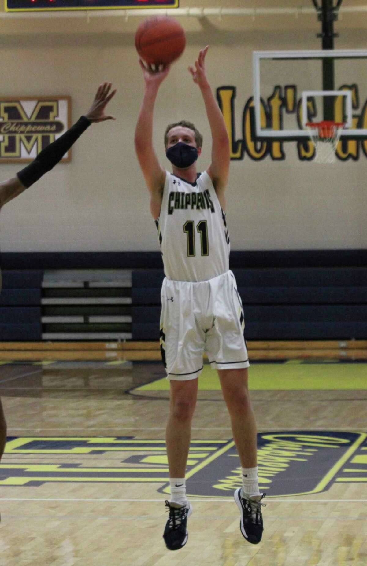 Manistee's Grant Schlaff, pictured earlier this season, had10 points with eight rebounds and four steals in Wednesday's win. (News Advocate file photo)