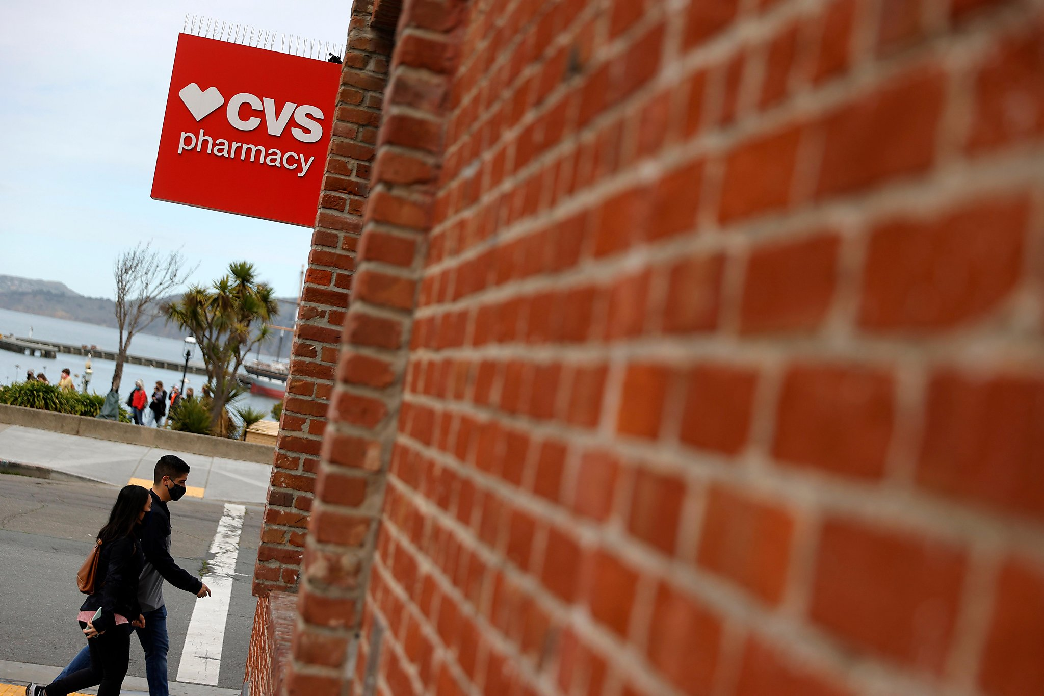 CVS to start vaccinations at 119 more California locations, including these Bay Area counties - San Francisco Chronicle