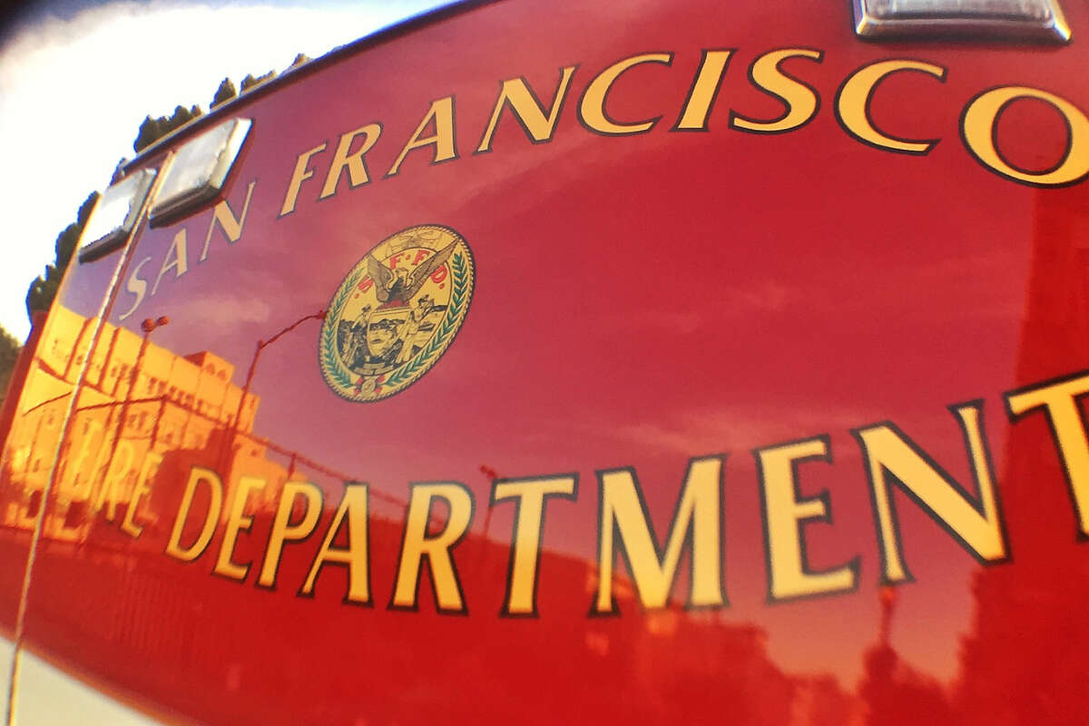 The San Francisco Fire Department and the city Department of Public Works are mopping up a large diesel spill caused by a leaking big rig.