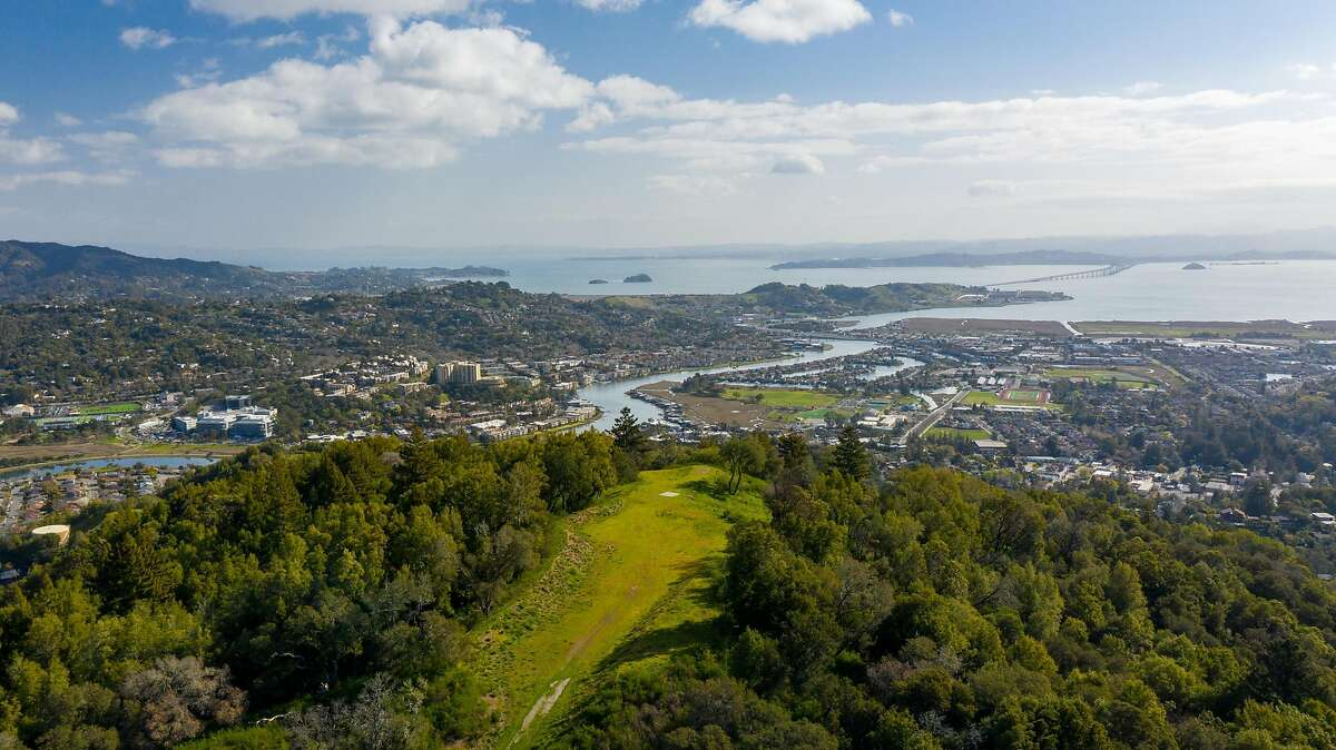 King Mountain Estate in Marin County is being sold at auction.