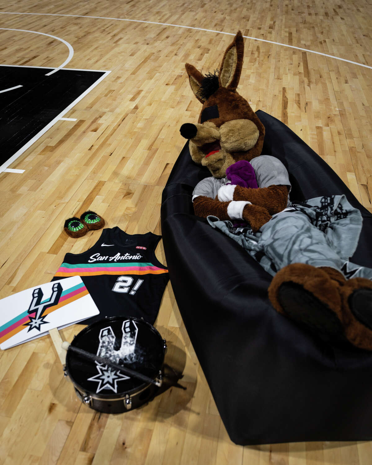 Here he is, dreaming of seeing the AT&T Center filled with his friends