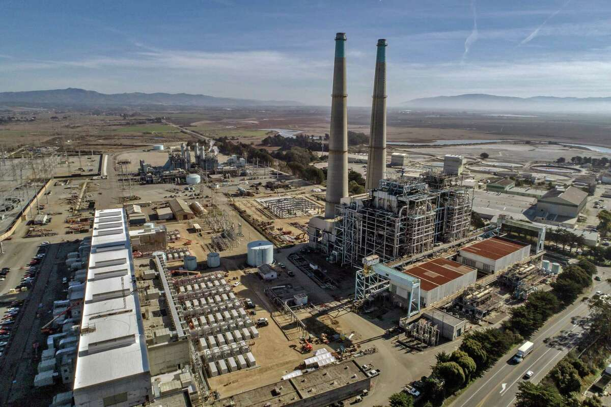 The Vistra Zero facility at the Moss Landing Power Plant in California uses lithium-ion batteries to store up to 300 megawatts of power. Vistra, the largest power company in Texas, slashed its earnings forecast for the year after reporting a $1.6 billion financial hit from the February winter storm.