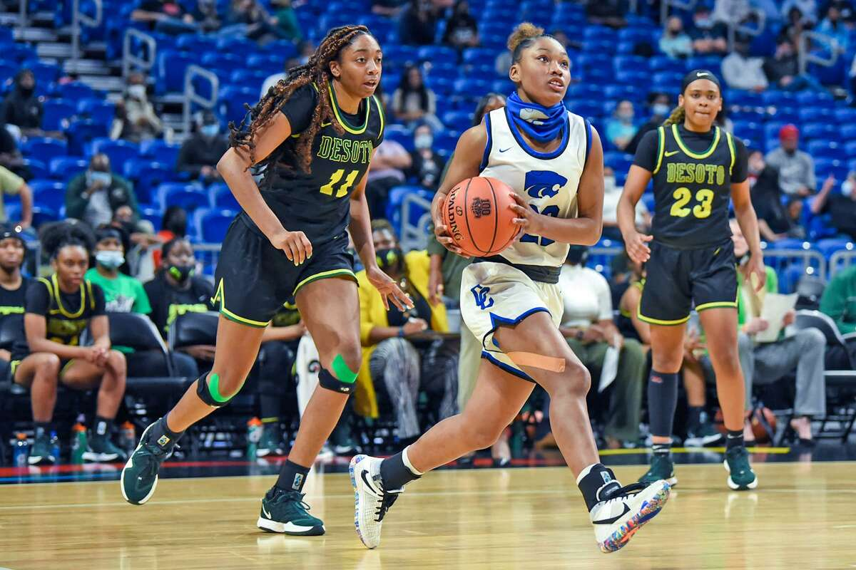 Cy Creek senior Kyndall Hunter was named to the UIL Girls' Basketball Class 6A State All-Tournament Team.