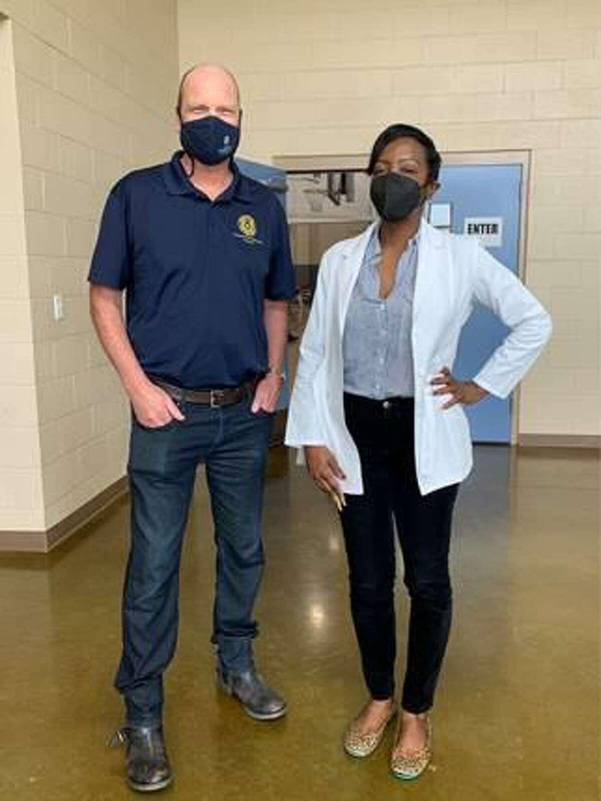 Fort Bend Commissioner Ken R. DeMerchant and Dr. Venus Ruben were on hand to help administer vaccinations in the Four Corners Neighborhood.