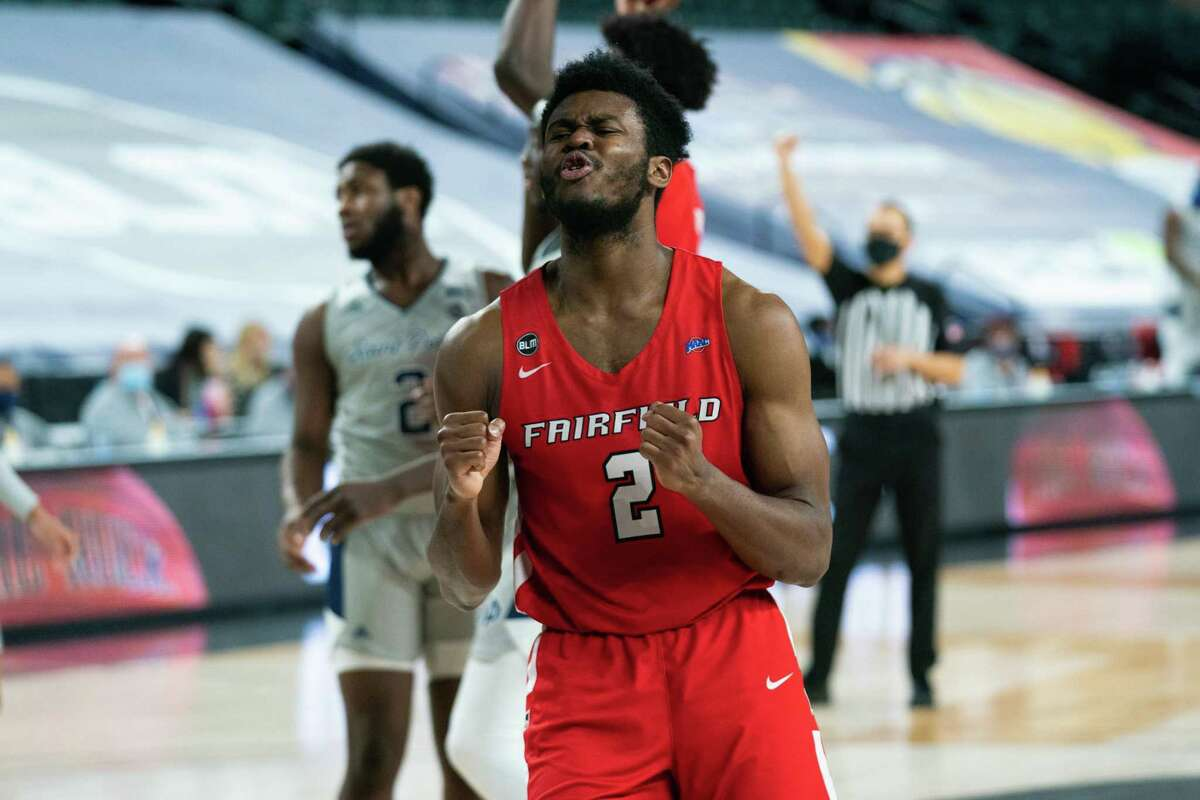 No. 7 seed Fairfield defeated No. 3 seed St. Peter's in the MAAC Tournament semifinals Friday to advance to Saturday's championship.