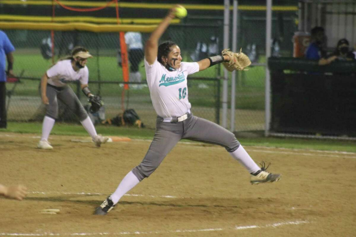 Trying to keep the damage limited to six runs, Alassandra Borjas goes through her wind-up during seventh-inning play Friday night.