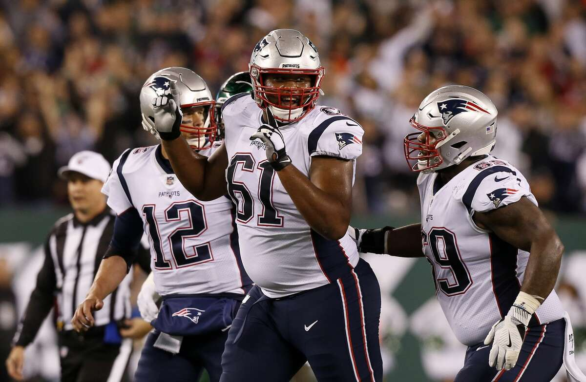 EAST RUTHERFORD, NEW JERSEY - OCTOBER 21: (NEW YORK DAILIES OUT) Marcus Cannon #61 of the New England Patriots in action against the New York Jets at MetLife Stadium on October 21, 2019 in East Rutherford, New Jersey. The Patriots defeated the Jets 33-0. (Photo by Jim McIsaac/Getty Images)