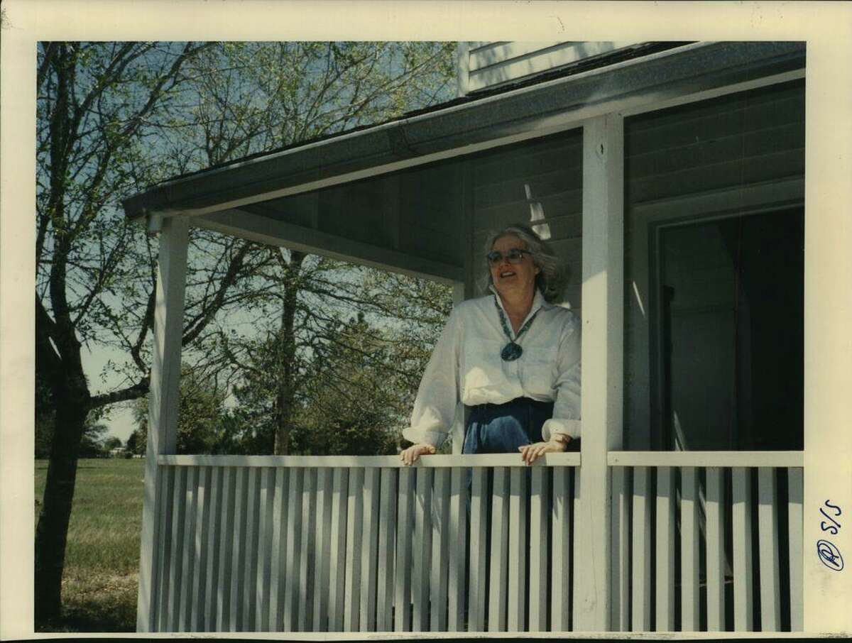 Emma Lee Turney is shown in a 1989 photo, standing on the porch of ...