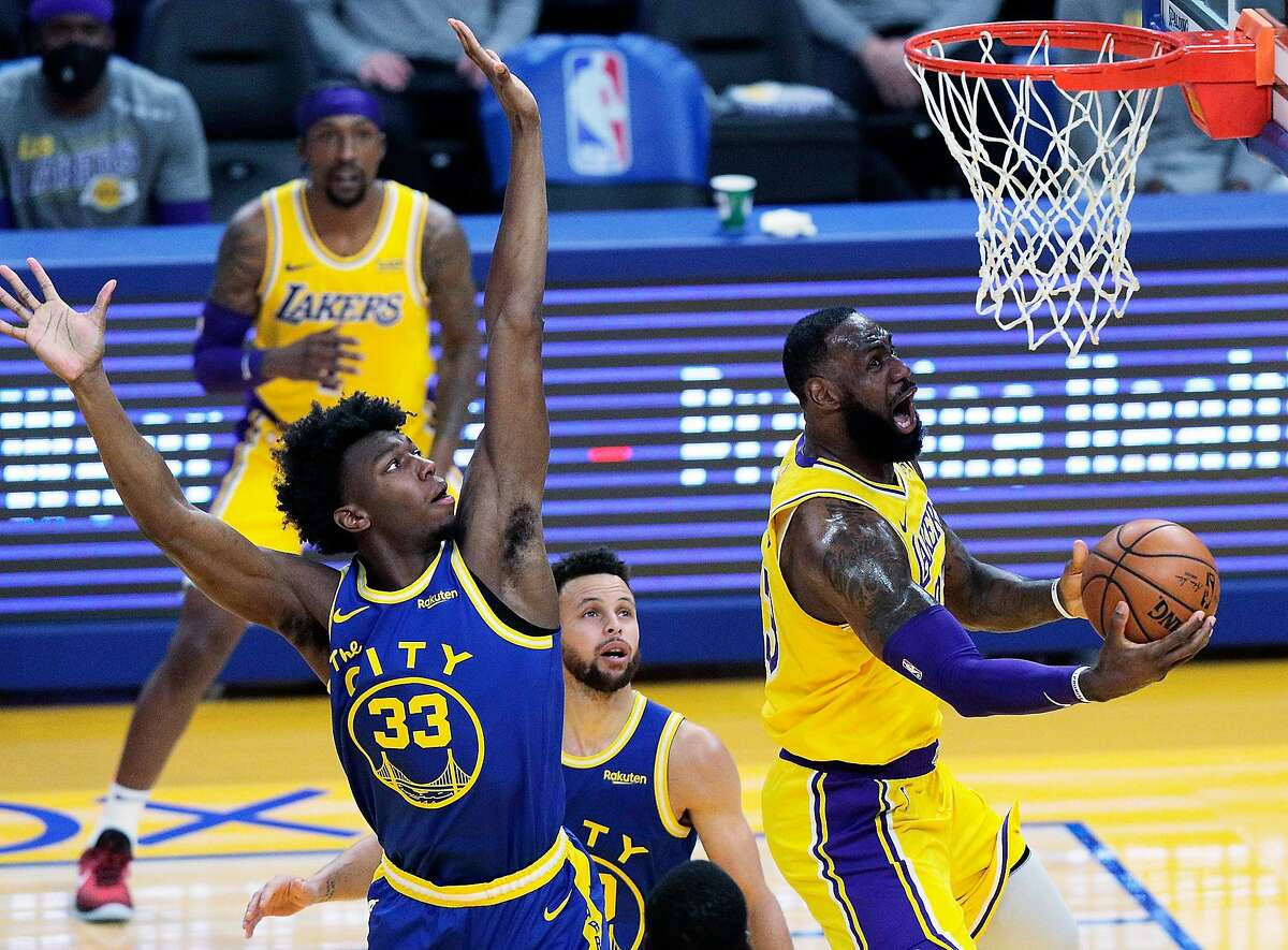 LeBron James racked up 22 points, 11 assists and 10 rebounds to lead Los Angeles to a breezy win over Golden State. The Warriors dropped to 20-20 on the season.