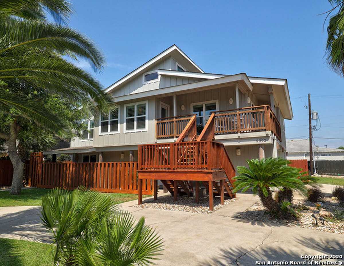 The strongest appeal for buyers may be its beautiful beaches, spread across some six miles along Mustang Island's gorgeous and idyllic coastline.