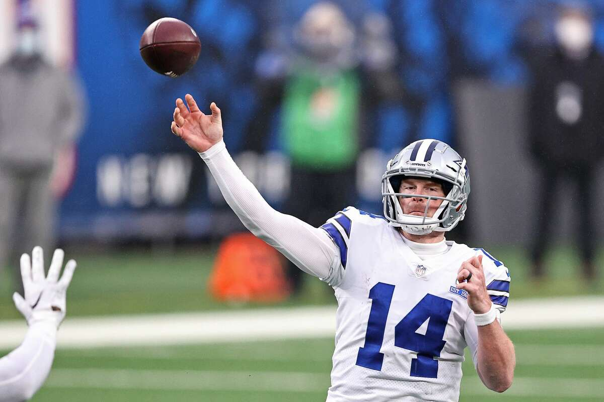 Andy Dalton of the Dallas Cowboys attempts a pass against the New York Giants on Jan. 3, 2021.
