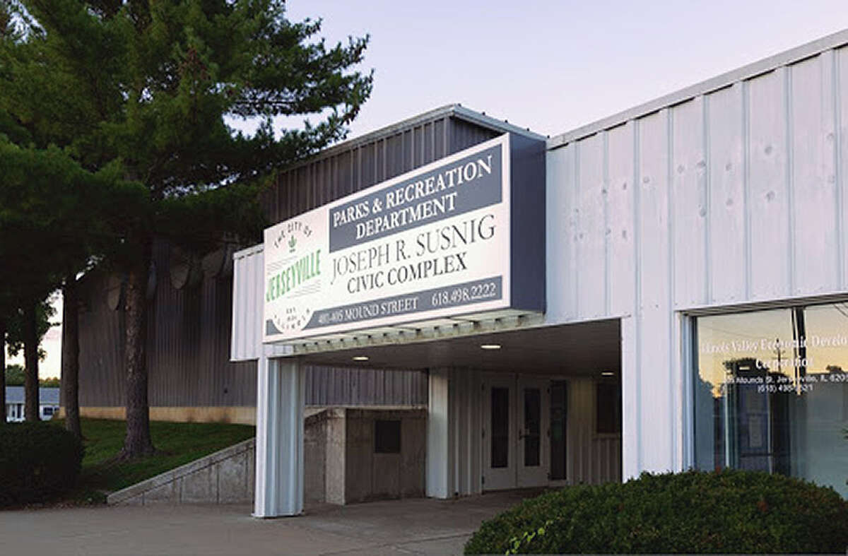 Organizers have been working for more than a year to find the funding to renovate the Susnig Center in Jerseyville. On Tuesday, the state awarded $450,000 to the project as part of $24.9 million in grants to park and recreational facility projects in Illinois.