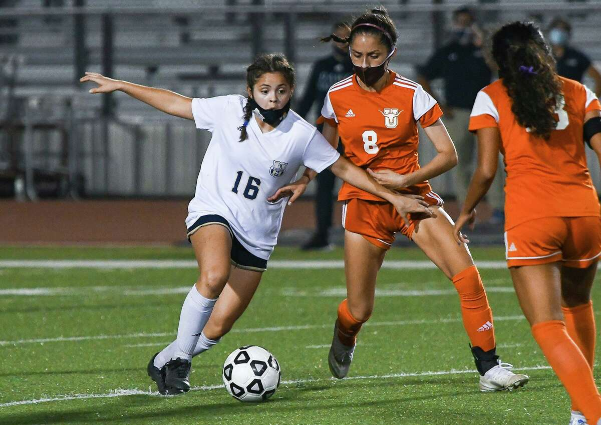 Idania Dominguez scored one of Alexander's goals Tuesday as the Lady Bulldogs beat Carolina Coutino and rival United 2-1 at the SAC to get within a game of securing an outright district title.