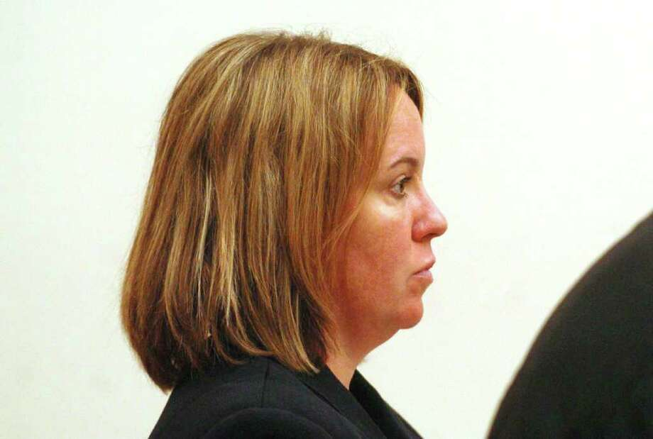 Arson investigator charged in arson appears in court - Connecticut Post
